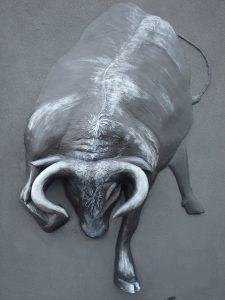 迫力のある牛の造形